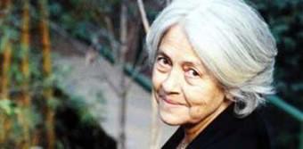 Frases de Adélia Prado. Uma Poeta com Características Únicas.