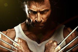 Personagem Wolverine com expressão séria.