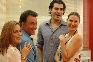 Gloria Pires, Tony Ramos, Thiago Lacerda e Lavínia Vlasak