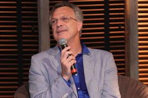 Leia Alguns Trechos Dos Famosos Discursos De Pedro Bial