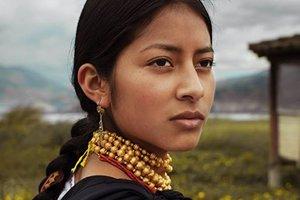 Resultado de imagem para mulheres de várias culturas e nacionalidades