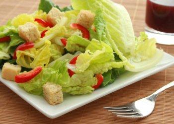 Prato de salada.