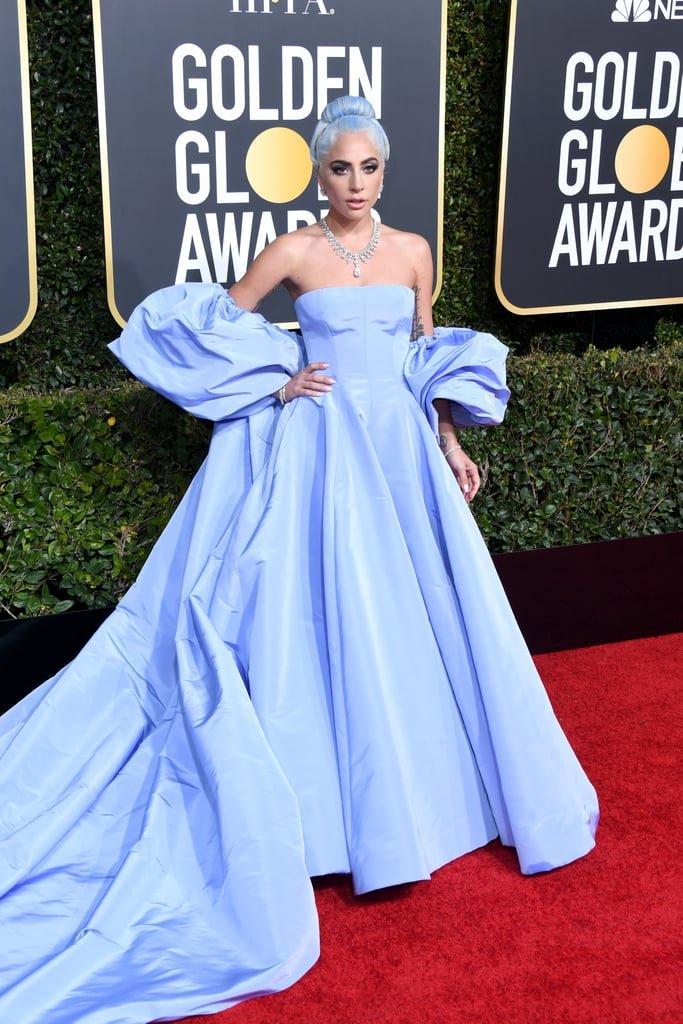 fc7230d7dd Do palco para o tapete vermelho  Lady Gaga - As mais bem vestidas no ...