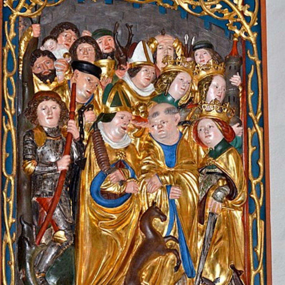 Imagem de uma escultura com os 14 santos auxiliares