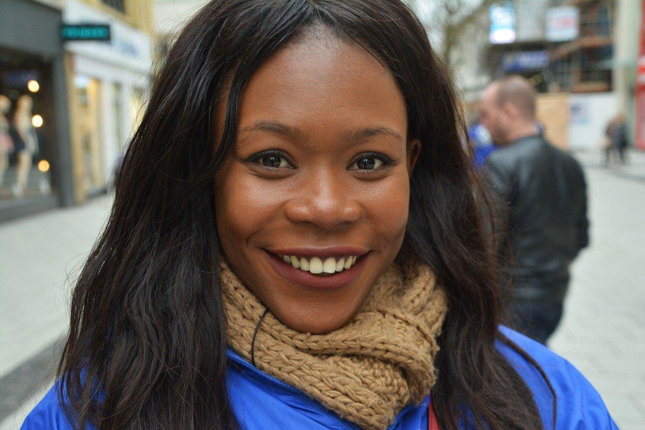 Confiança No Sorriso Frases Tumblr Para Fotos Sozinha Selfie