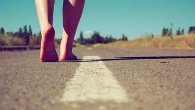 Seguir Em Frente Inspire Se à Sempre Seguir Novos Caminhos