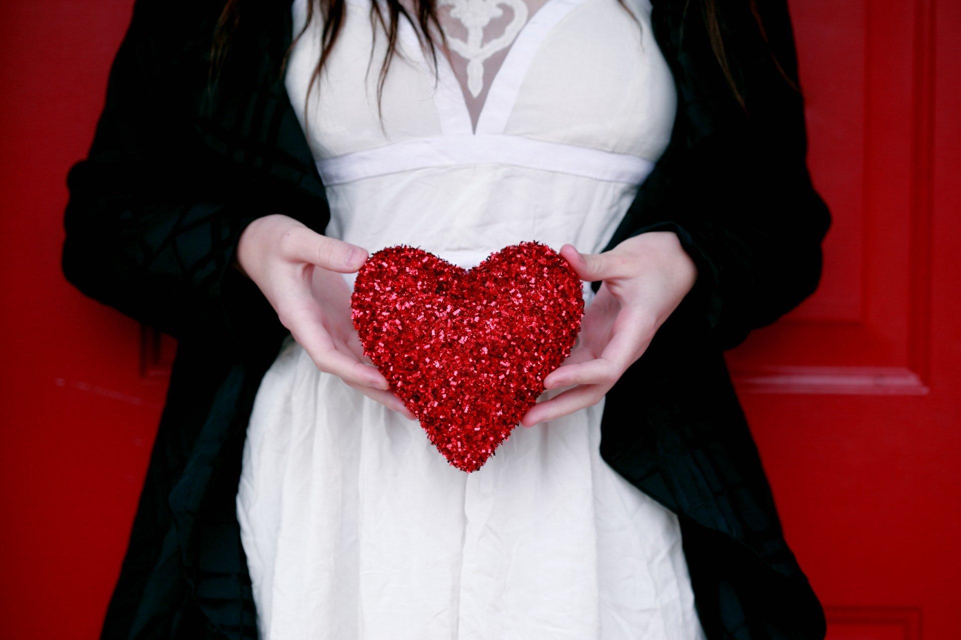 Solteiros No Dia Dos Namorados Com Mais Amor E Sem Complicação