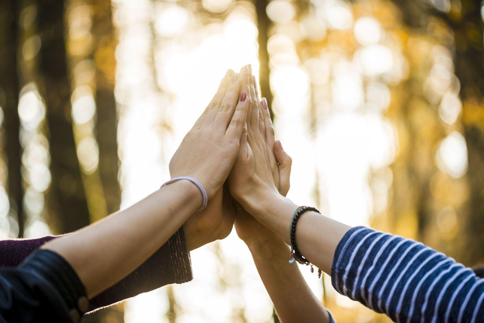 Estenda mais a mão. Entenda o valor da solidariedade.