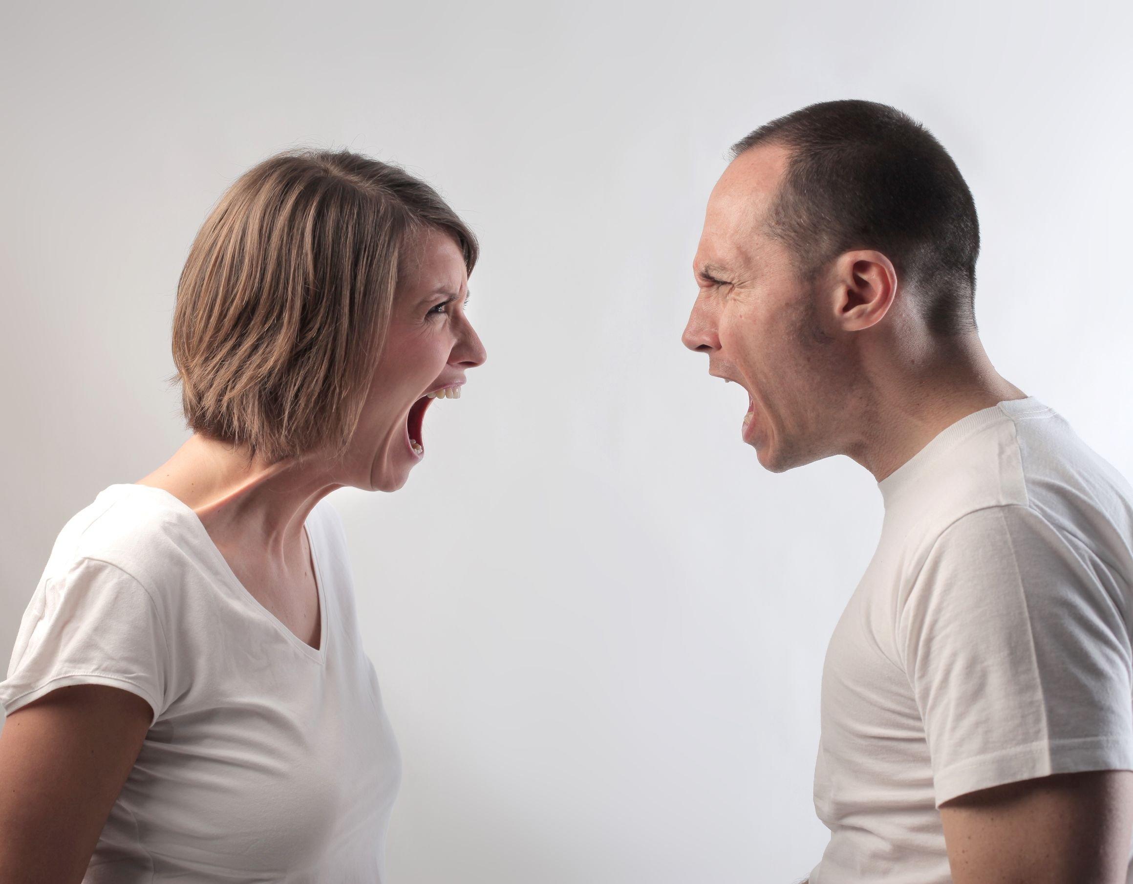 позволяет показать кричит на члене мужика видео любят трахаться
