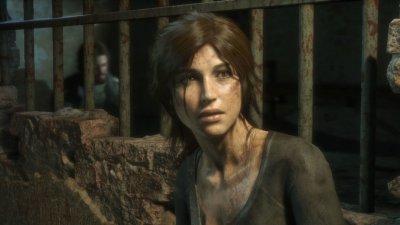 Ilustração gráfica de mulher olhando para o lado assustada ao lado de umas grades