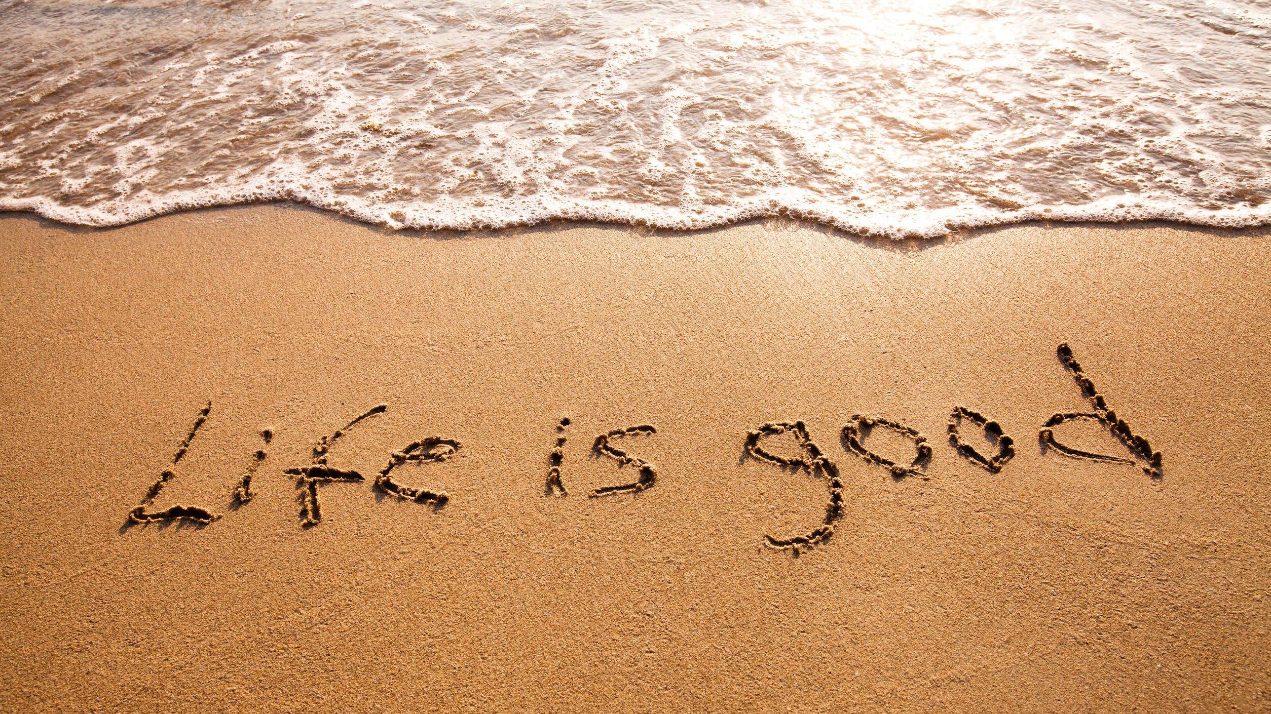Imagem escrito a vida é boa em inglês