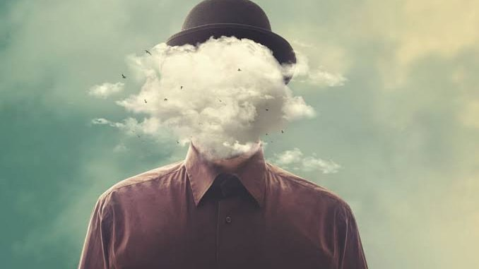 Imagem de homem com nuvem na cabeça