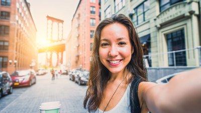 Foto de mulher sorrindo
