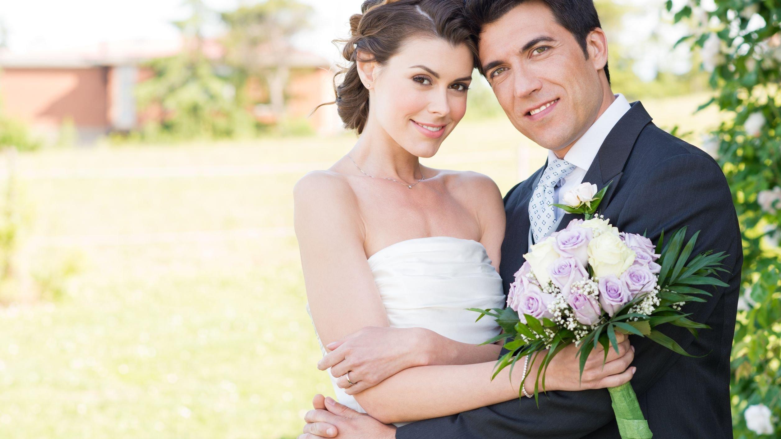 Foto de casal de noivos