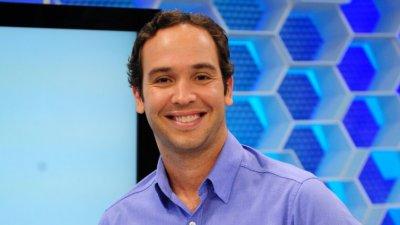 Homem sorrindo/ Caio Ribeiro